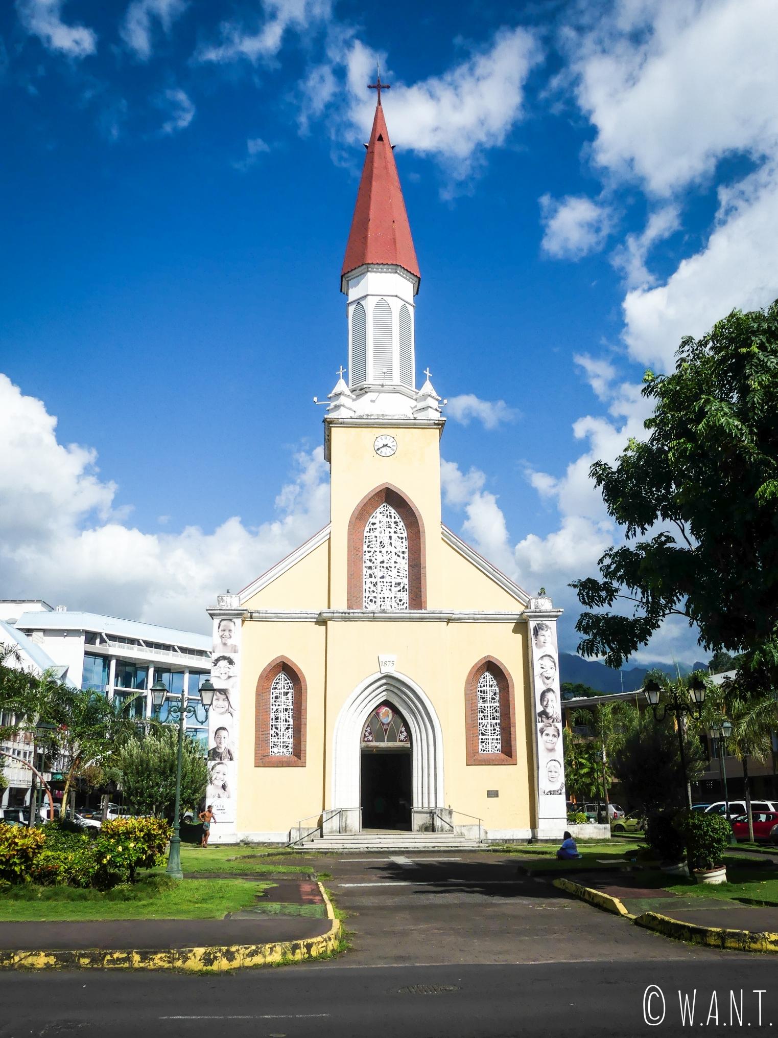 Église dans les rues de Papeete sur l'île de Tahiti