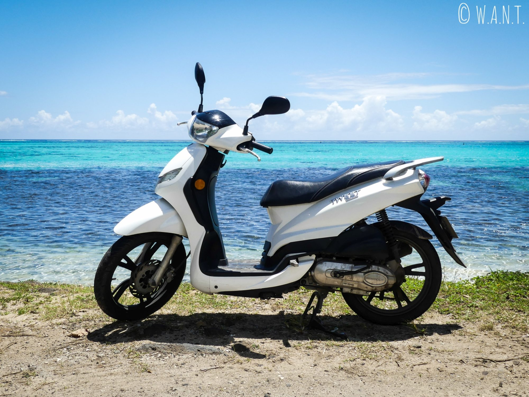 Le scooter, le mode de transport le plus adapté à l'île de Moorea