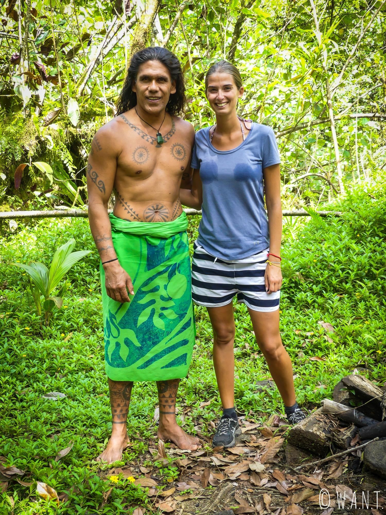 Marion et Teuai, notre guide à travers la vallée de la Papenoo sur l'île de Tahiti