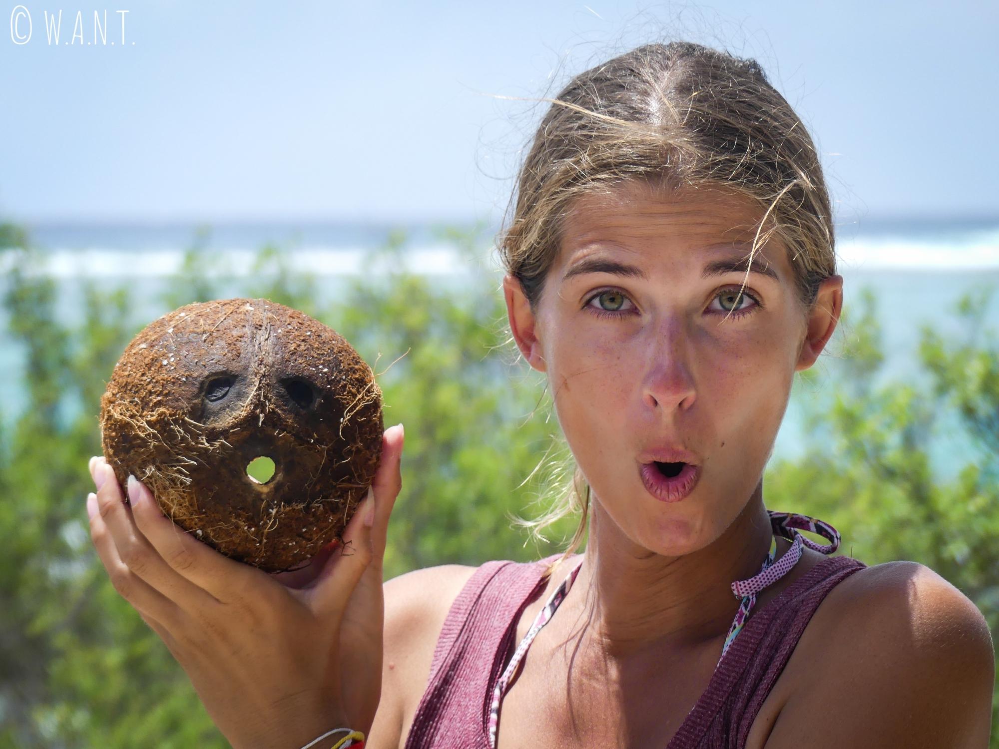Marion et sa surprenante imitation de la noix de coco