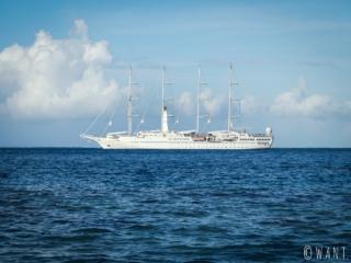 On trouve également des voiliers aux abords de Moorea en Polynésie Française