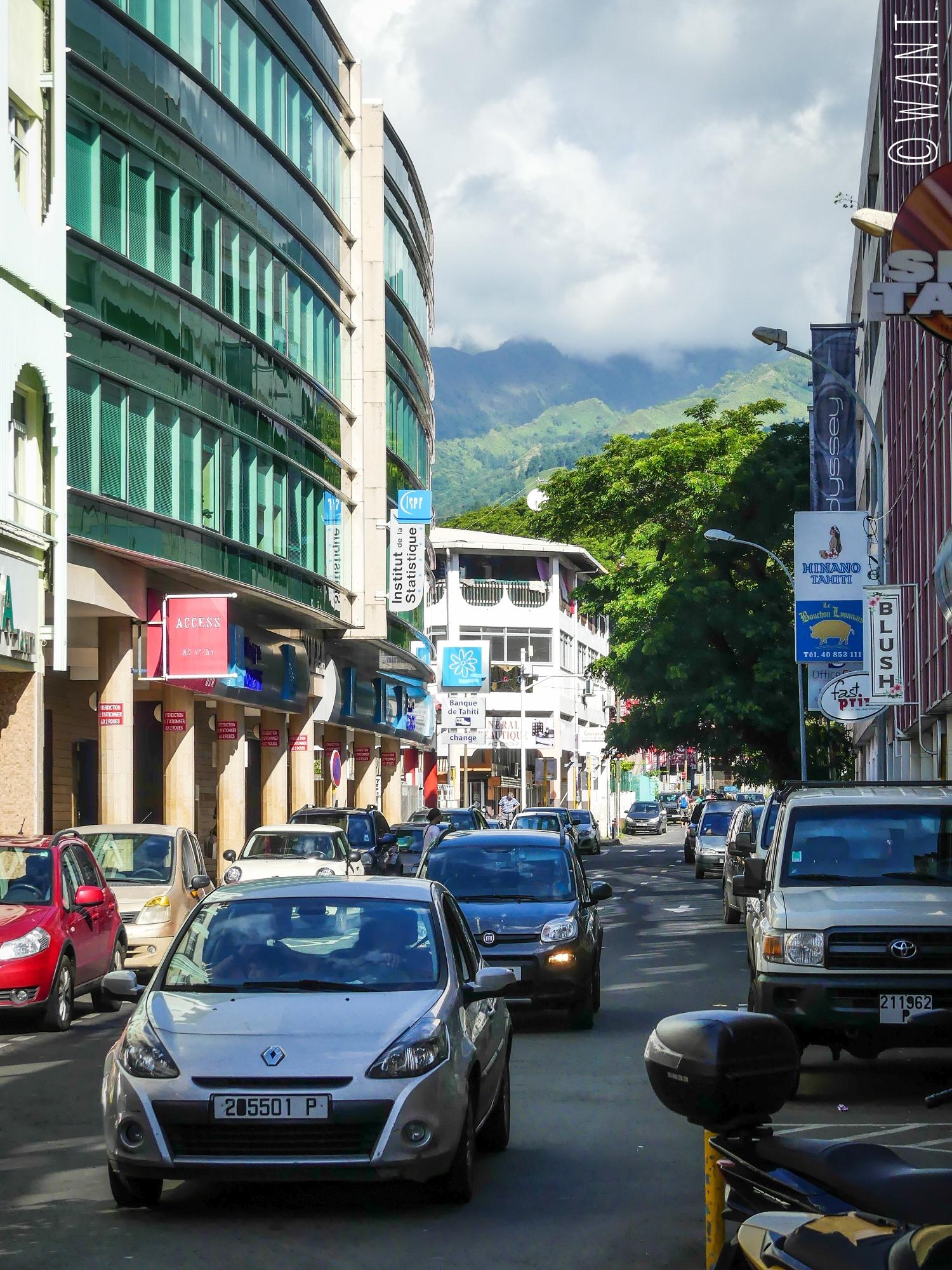 Rue de Papeete sur l'île de Tahiti