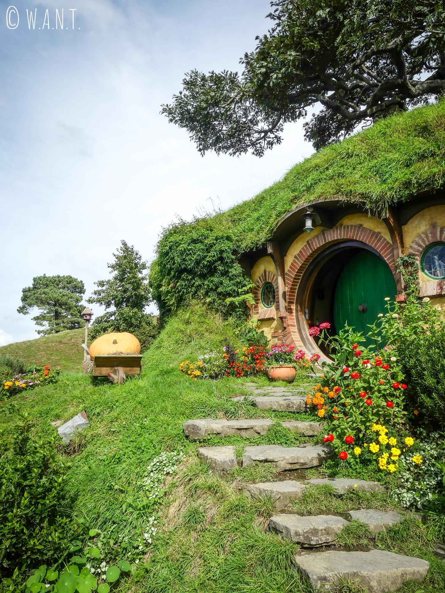 Maison de Bilbo le Hobbit sur le site de Hobbiton en Nouvelle-Zélande