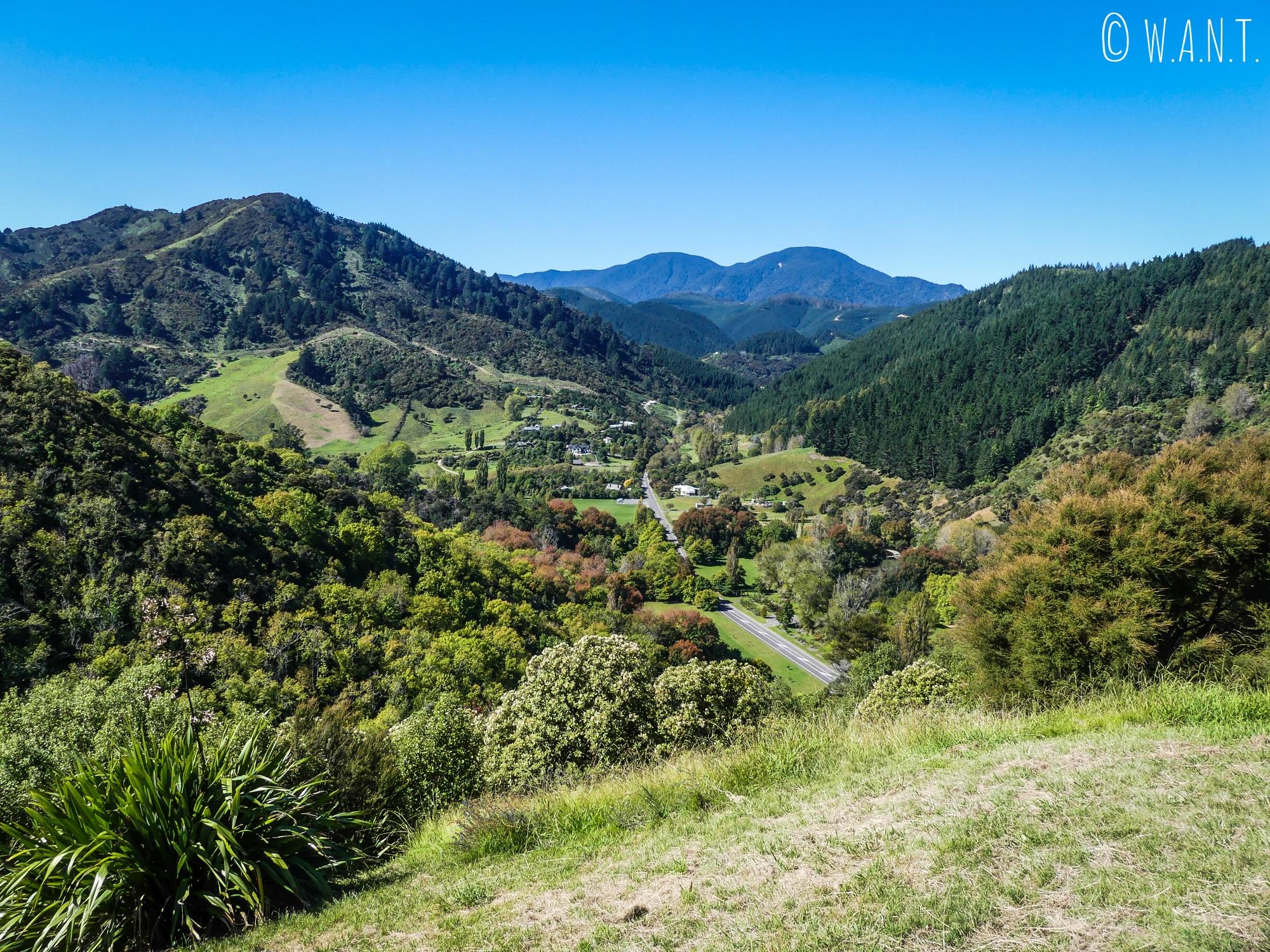 Second point de vue depuis le sommet de la Botanical Hill de Nelson en Nouvelle-Zélande