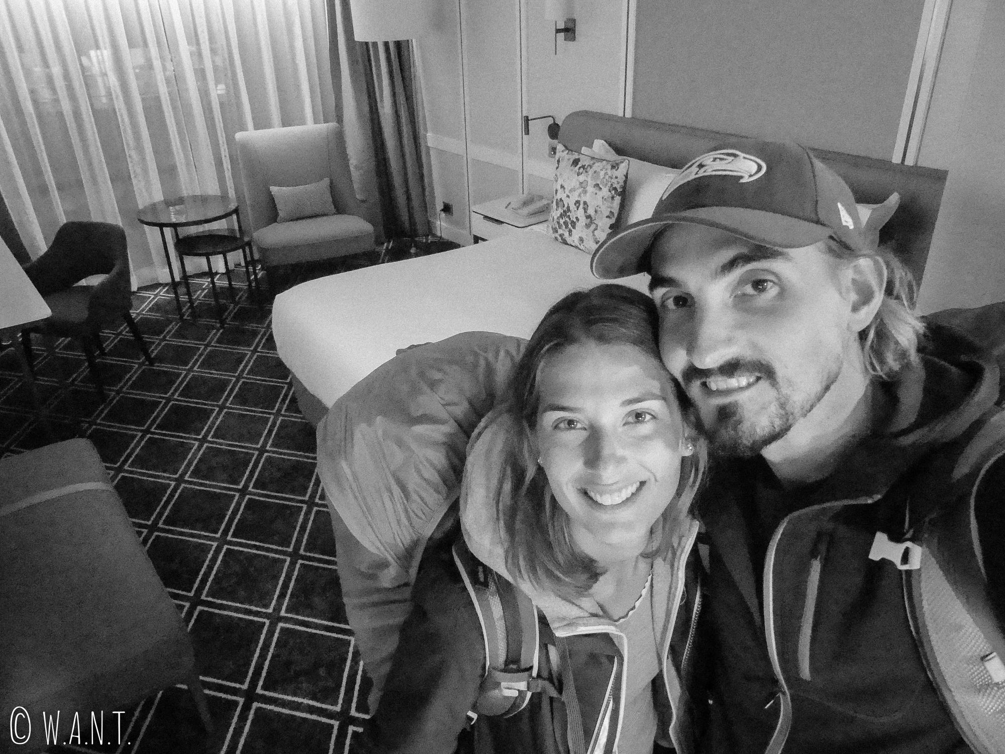 Selfie depuis notre chambre à l'hôtel Cordis de Auckland