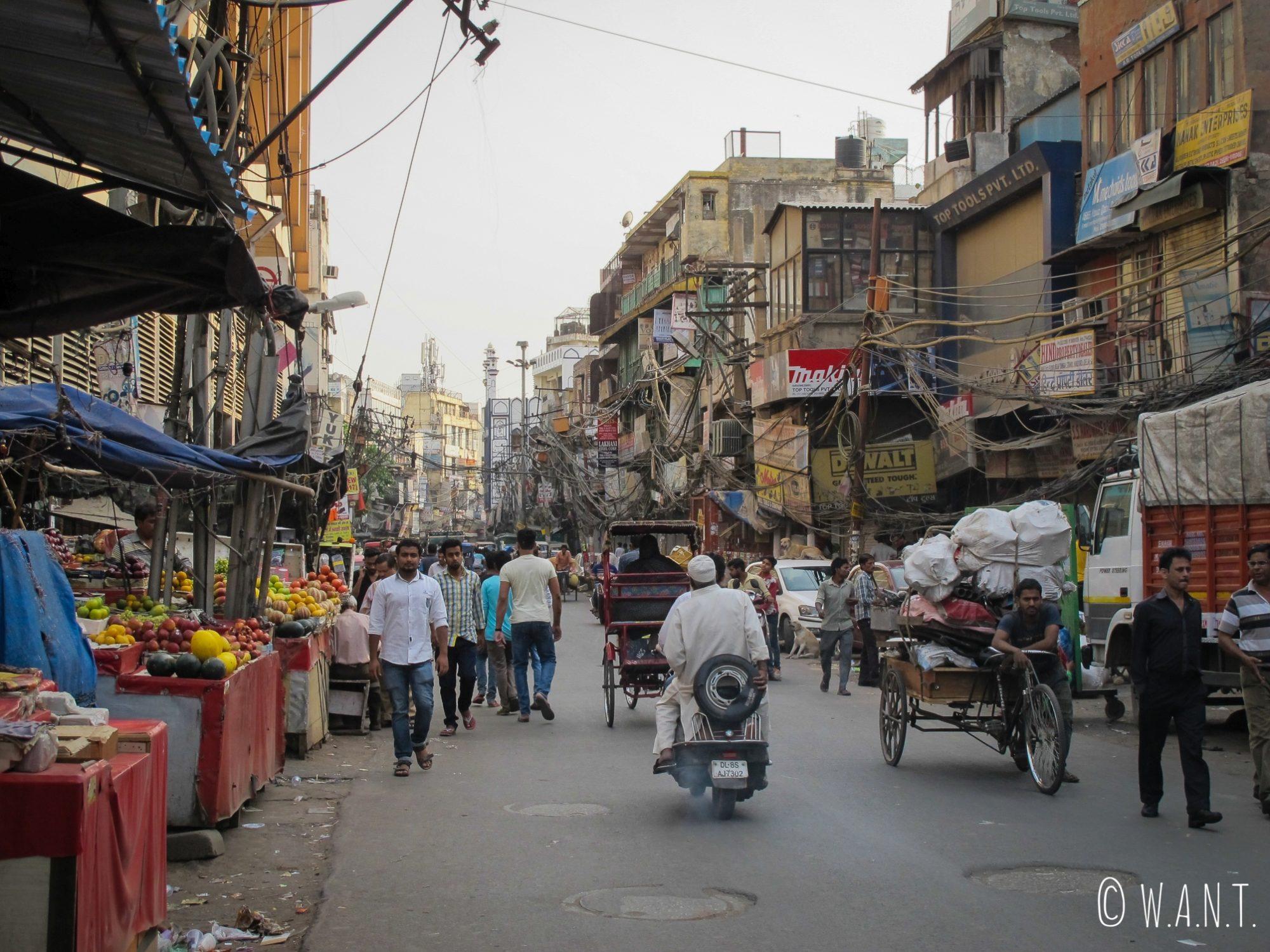 Les rues en Inde sont un spectacle permanent