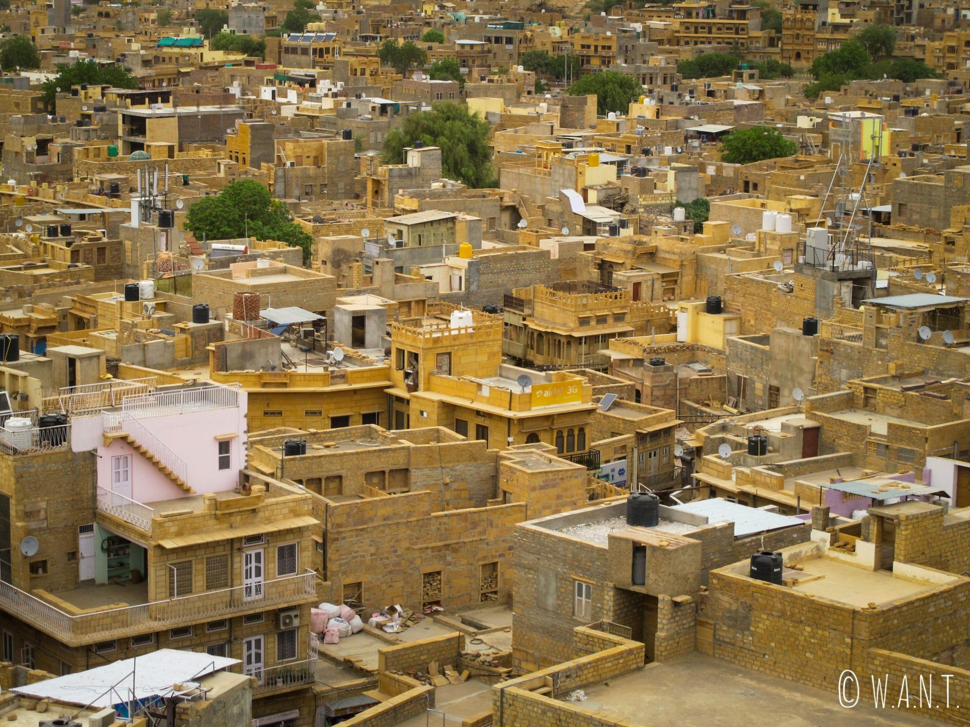 Vue sur la ville en contrebas du fort de Jaisalmer