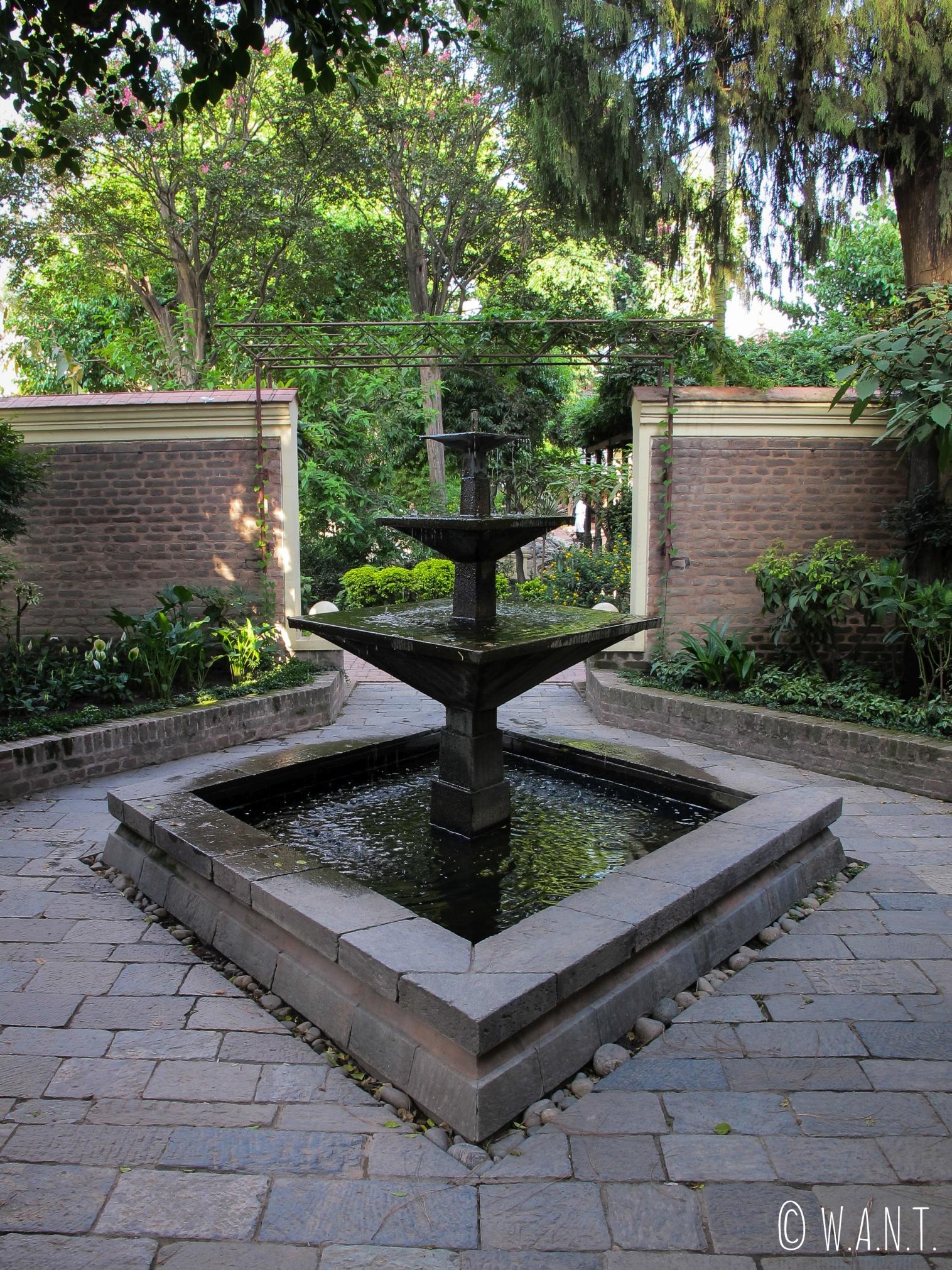 Fontaine dans le Garden of Dreams