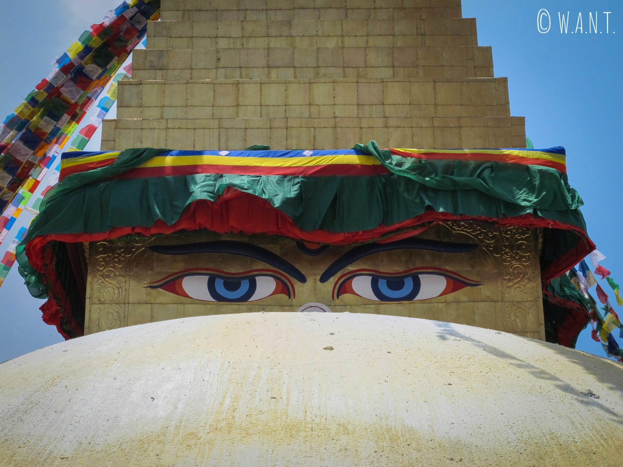 Regard de Bouddha sur le stupa Bodnath