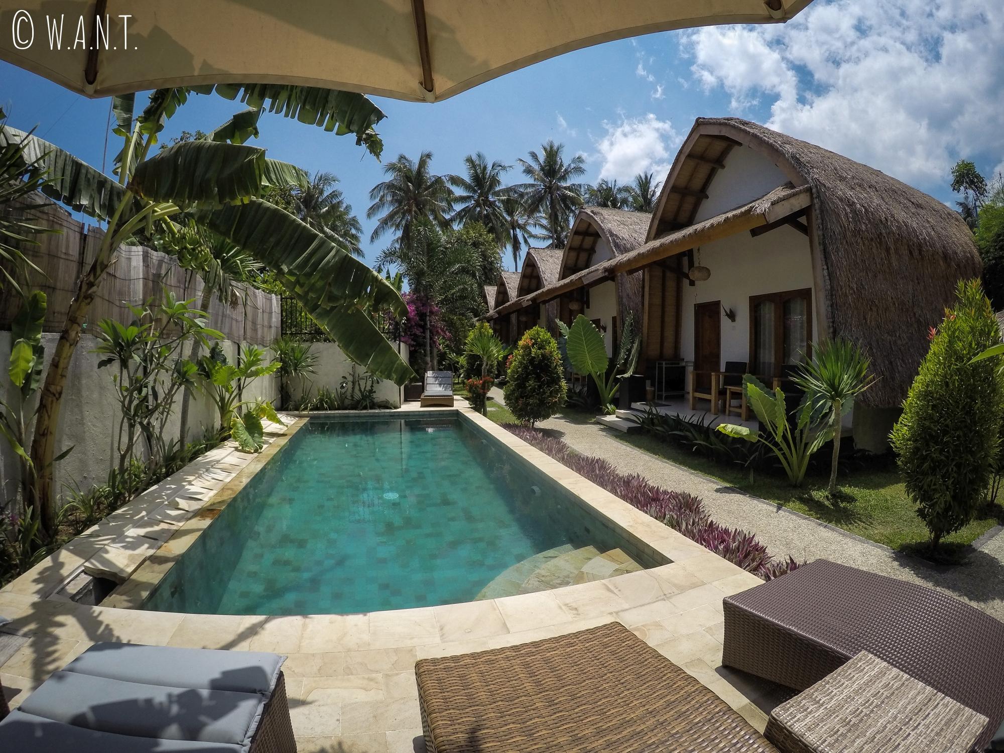 Vue depuis la piscine au Teras Lombok Bungalows