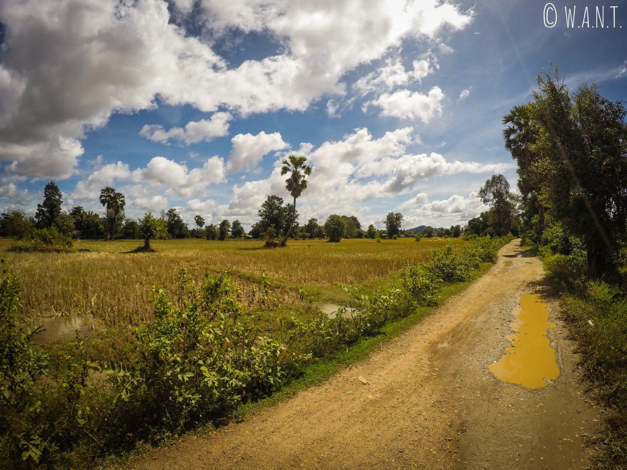 Unique route menant de Don Det à Don Khon dans les 4,000 îles