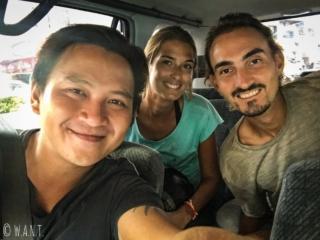 Selfie avec Jordan, notre chauffeur improvisé au retour du Semenggoh Nature Reserve
