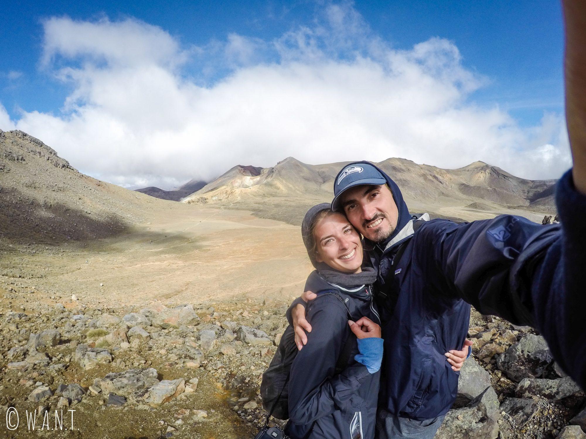 Selfie au cours de la randonnée « Tongariro Alpine Crossing » en Nouvelle-Zélande