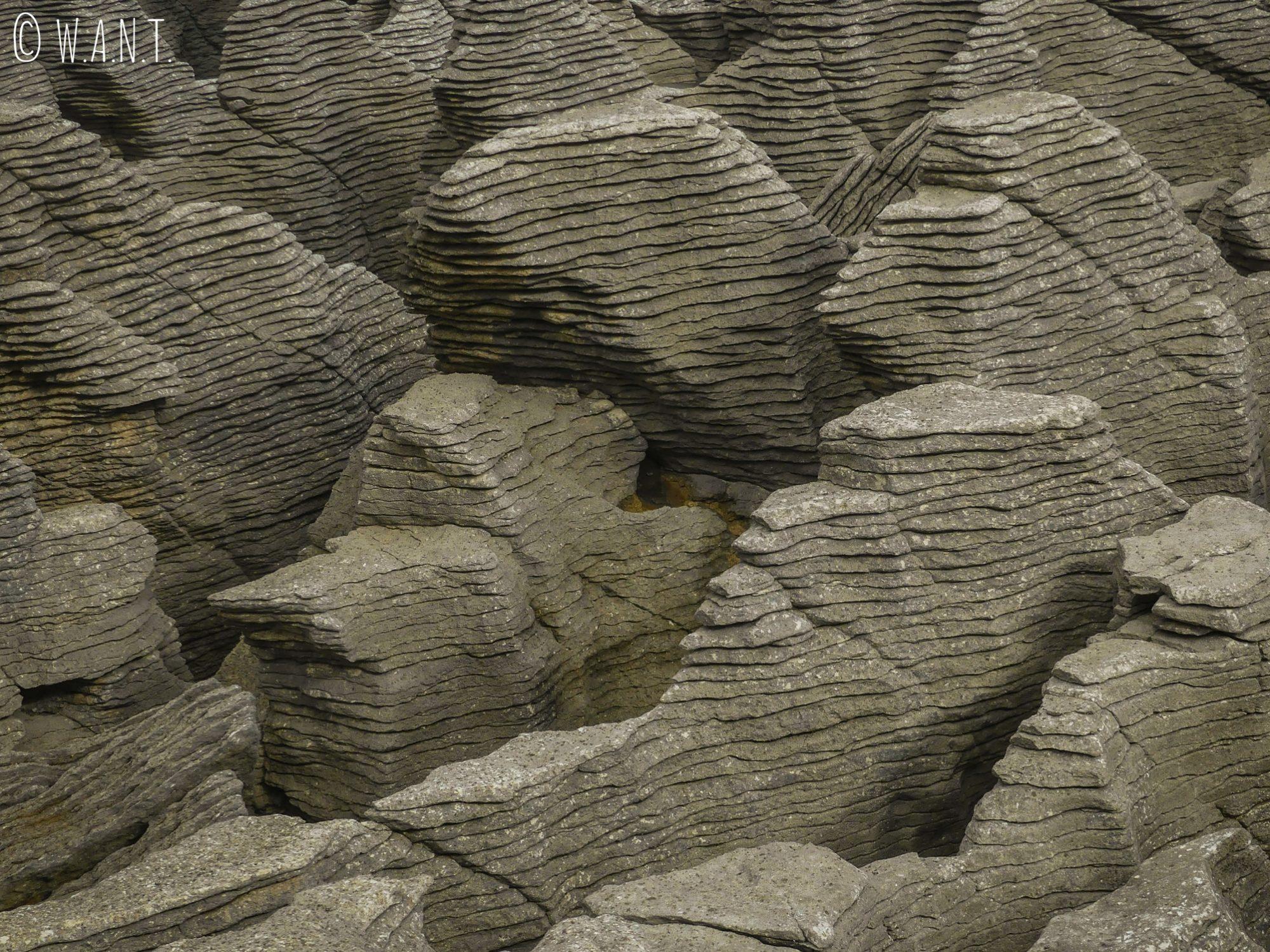Gros plan sur les Pancake Rocks sur l'île du sud de la Nouvelle-Zélande