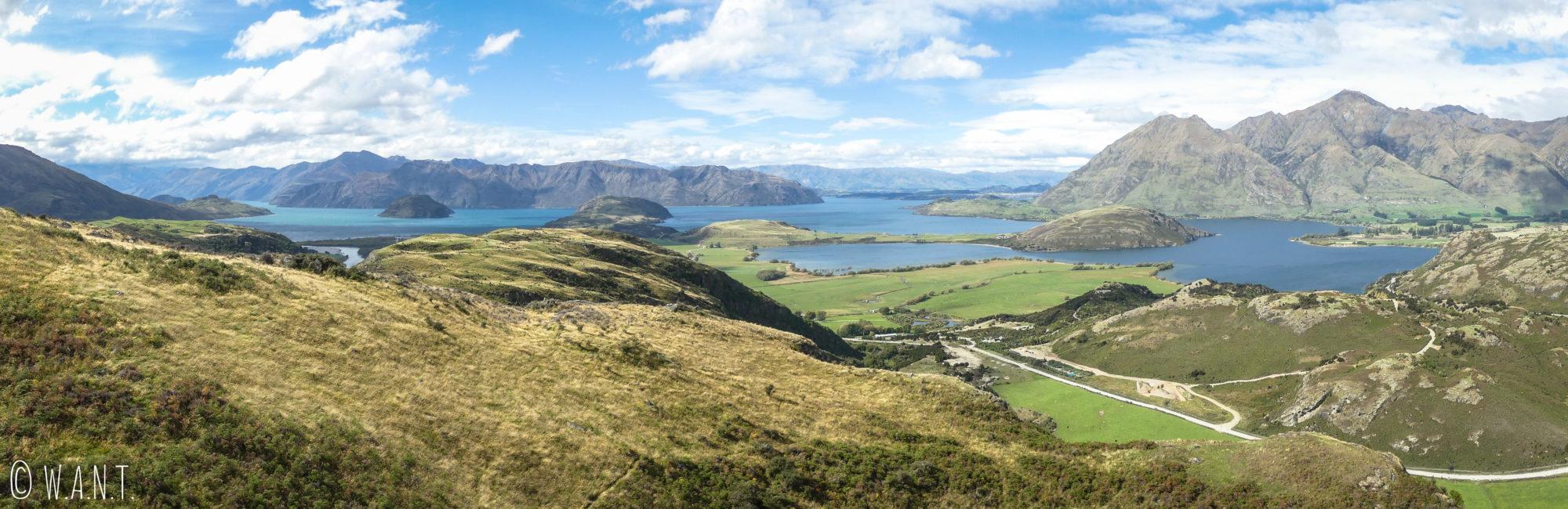 Panorama depuis la randonnée Diamond Lake près de Wanaka en Nouvelle-Zélande