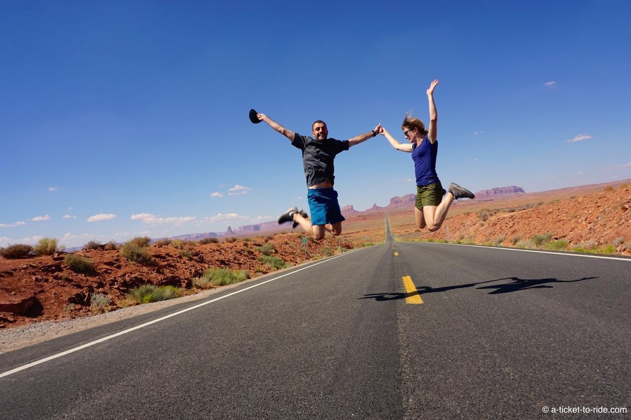 Elodie et Mathieu à Monument Valley aux Etats-Unis